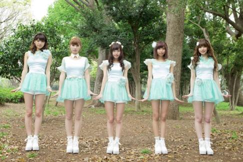 Yururirapo members: Marina, Asami, Miyu, Rena, and Sachiko