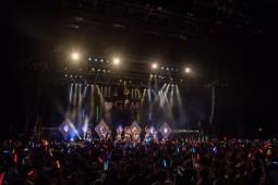 http://natalie.mu/music/gallery/show/news_id/187188/image_id/576435